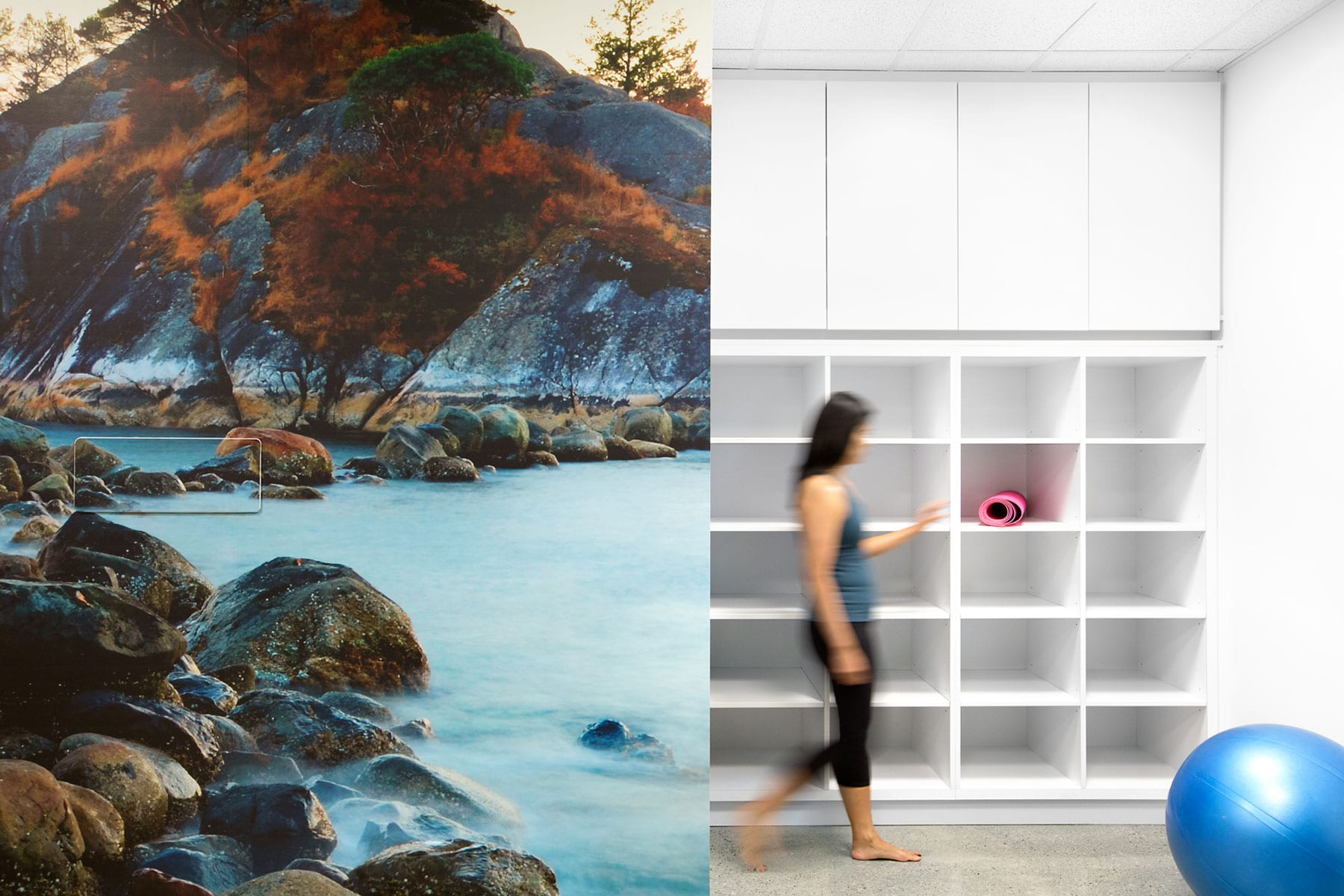 Vancouver office fitout for D&B Innovation fitness studio