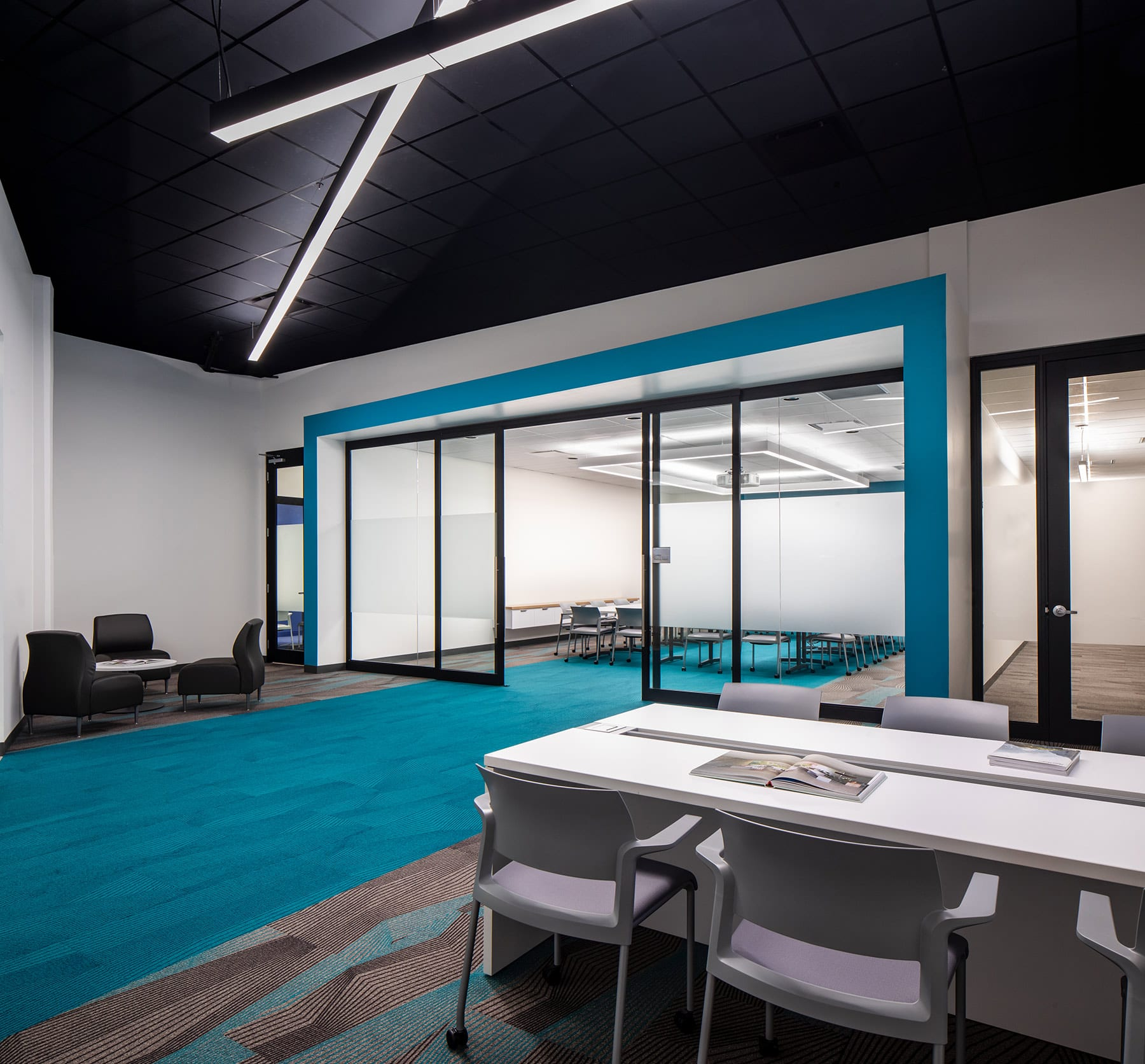 Surrey tenant fitout with a high ceiling cavity with modular partition walls