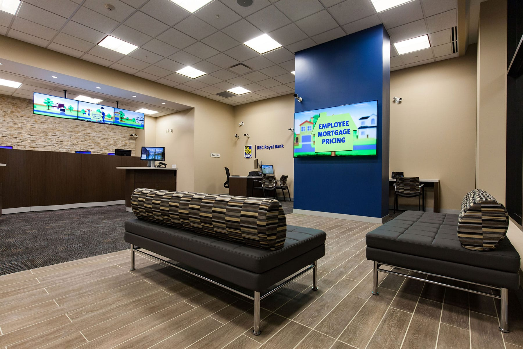 Commercial fit out project of RBC Royal Bank with bright and welcoming space with ATM in the entry and welcome desks