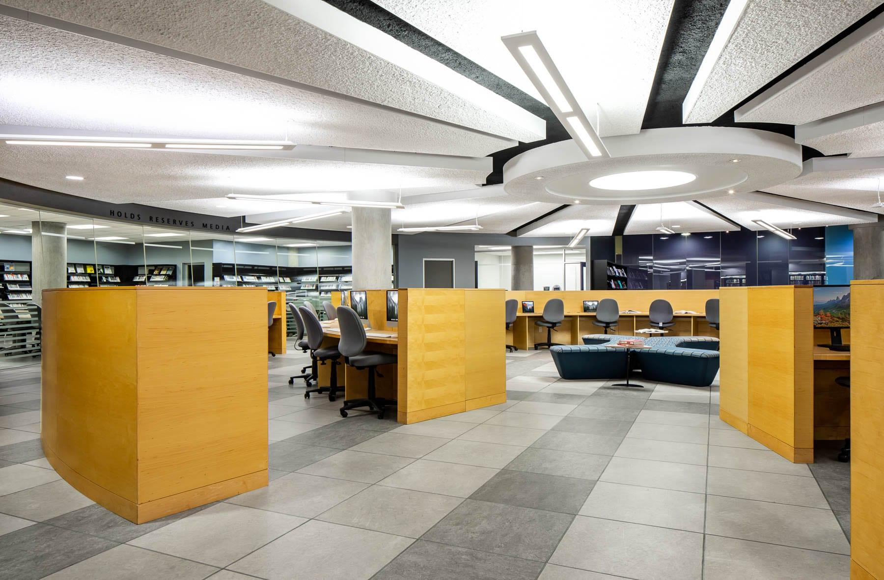 SFU – Fraser Library & IT Help Desk